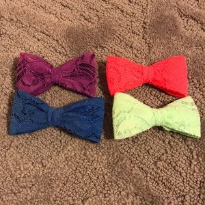 Lot of bows